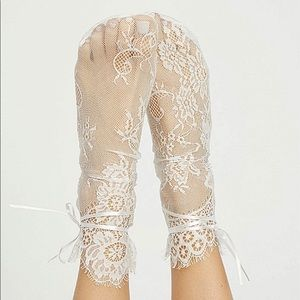 Margot Lace Crew Sock